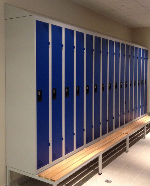 Vestiaire Industrie Propre 12 Colonnes Portes Bleues insitu